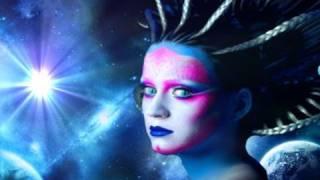 "Katy Perry - ""et"" Ft Kanye West  Music Video Parody  With Lyrics"