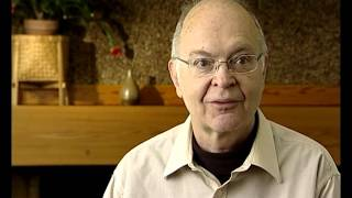 Donald Knuth - Learning to read and school (2/97)