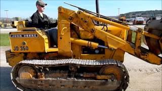 Deere 350 Crawler Loader