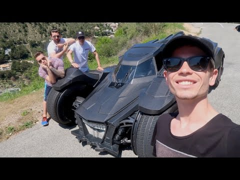 SUPERCARS VS SPOTTERS - FROM THE BATMOBILE!