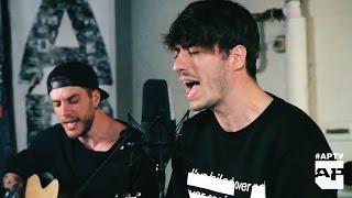 "APTV Acoustic Session: Young Guns - ""Bones"""