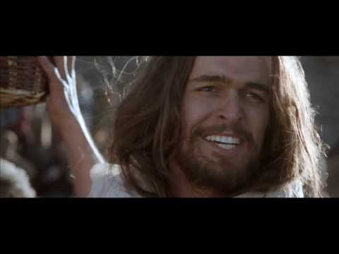 Son of God | Jesus feeds 5000 film clip (2014)