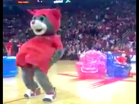 Watch basketball Bear Mascot Cheats Kids (Game of Musical Chair) Clutch
