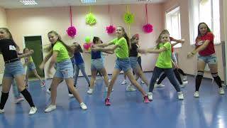 танец под песню хензап 2018