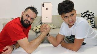 bras de fer challenge,si tu gagnes tu remporte un iPhone x ,adel et sami