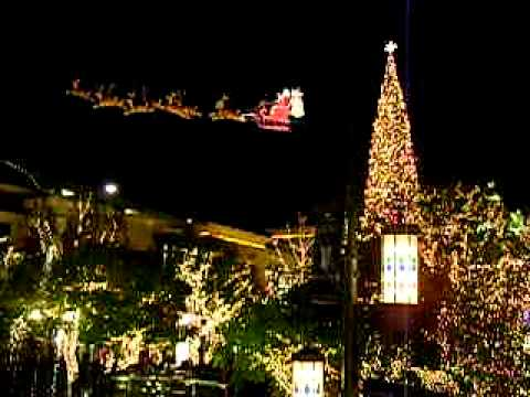 THE GROVE in Hollywood California during CHRISTMAS in December ...