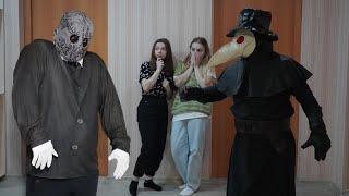 Чумной доктор против демона Абадона!