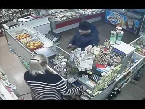 Кража в магазине в Охе 1