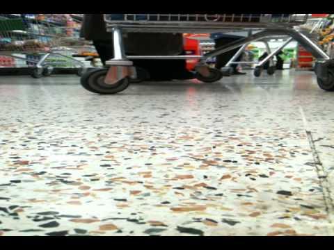 CAPS Shopping Cart Wheel Hack RAMPAGE