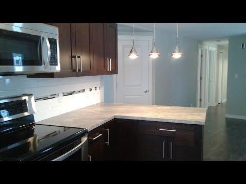 Upscale Mobile Home Renovation - A Look Inside : E003 / BC Renovation Magazine