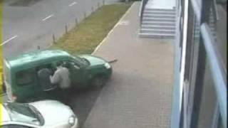 Włamanie do auta - szybka akcja w Szczecinie