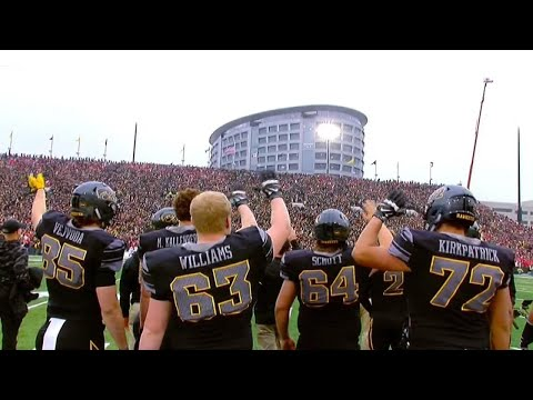 Fans, Players in University of Iowa Stadium Turn to Wave at Kids in Hospital
