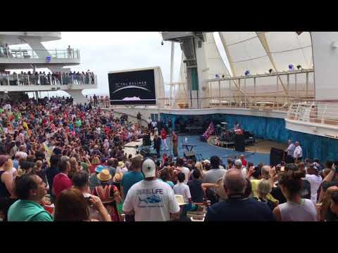 Bonnie Tyler Total Eclipse of the heart on Oasis of the seas