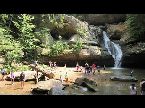 Hiking at Hocking Hills - Ohio, USA