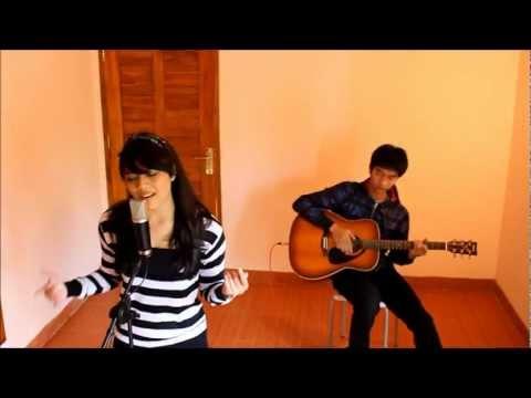 Payphone (Maroon5 cover) - DnA (Dinesia n Andri Guitara)