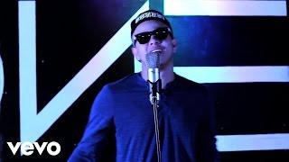Steves J. Bryan - I Don't Care ft. Sandro Martelly