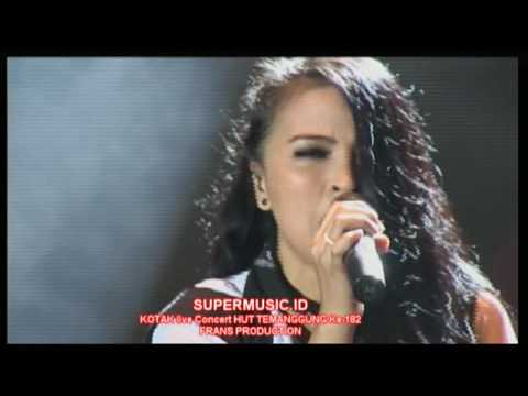 "KOTAK BAND "" SATU INDONESIA "" live Concert HUT Temanggung Ke- 182 Th.2016- SUPERMUSIC.ID"