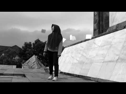 Peterpan - Membebaniku (Music video cover by Nurul Khomariyah)