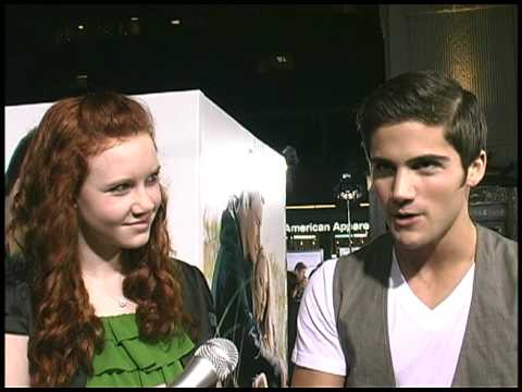 Madisen Beaty and Max Ehrich talk about The Pregnancy Pact!