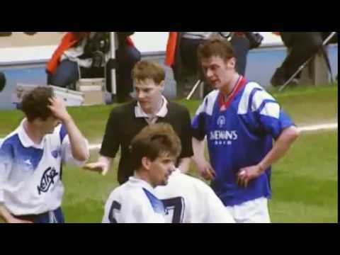 Duncan Ferguson headbutts Jock McStay (Rangers vs. Raith Rovers 1994)