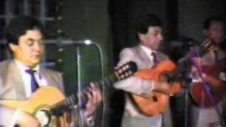 TRIO LOS QUECHUAS - LAS ACACIAS