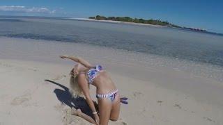 Escape to Island MAITRE - Impi sails in New Caledonia