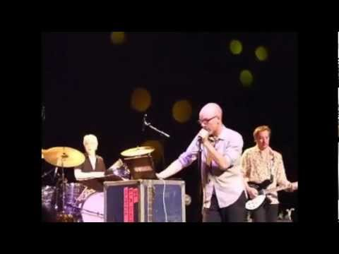R.E.M. - Harborcoat (Live at the Olympia, Dublin, Ireland, 2007)