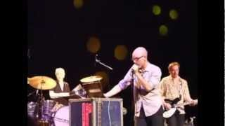 R.E.M. - Harborcoat (Live at the Olympia, Dublin, Ireland, 2007)