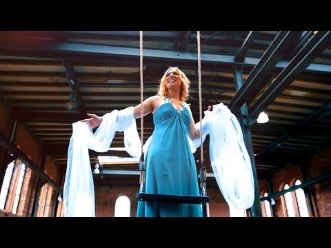 Laura Wilde - Federleicht (Offizielles Musikvideo)