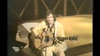 DAVID GATES - EVERYTHING I OWN  ( LIVE)