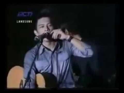 Iwan Fals Ft Ariel Peterpan - Yang Terdalam [KEREN Banget SWERR!!] Live