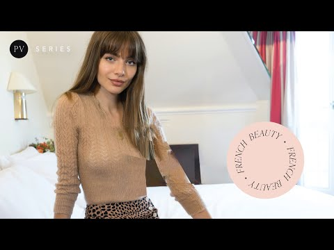 French hairstyle tutorial: How to style your bangs | Mara Lafontan | Parisian Vibe thumbnail