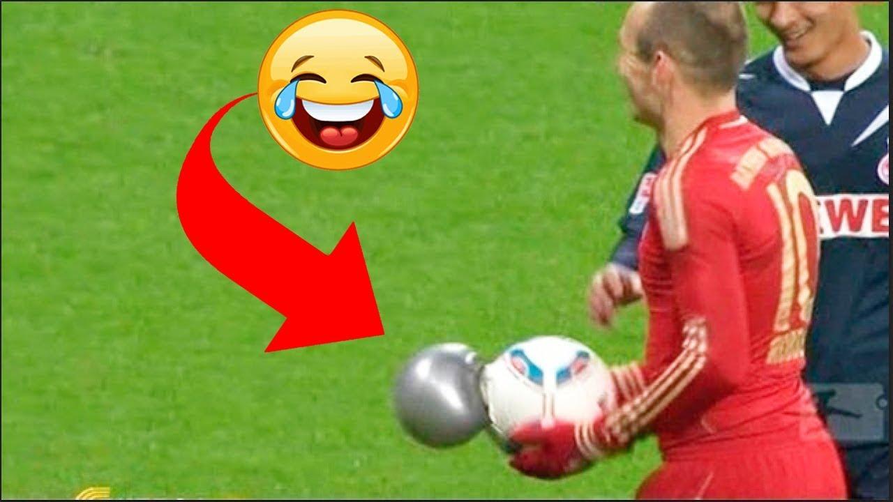 Photo of أشهر لقطات انفجار كرة القدم أثناء اللعب.. مواقف عجيبة وغريبة – الرياضة