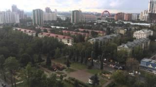 Приземление вертолета МЧС в Москве. На бульваре Ген. Карбышева.(Ничего сенсационного в этом видео нет, просто интересно как вертолет садится посреди бульвара Ген. Карбыше..., 2015-09-09T11:46:28.000Z)