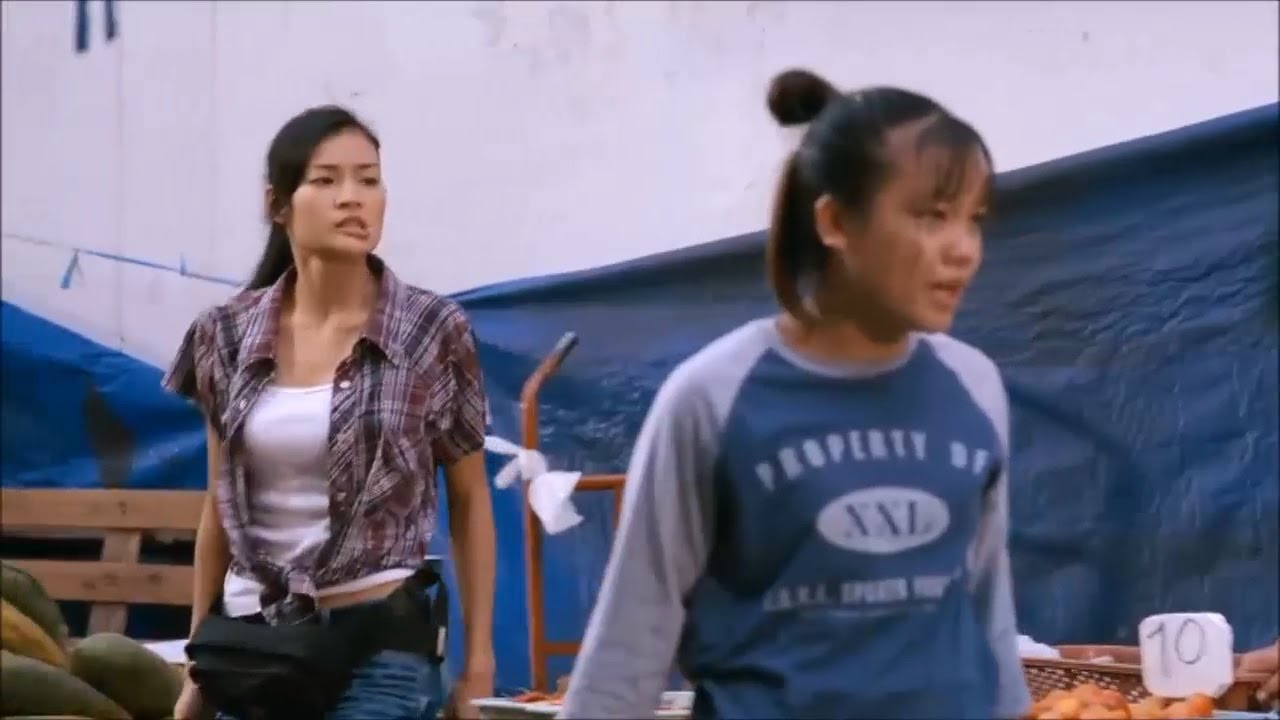 Download Sasisa Jindamanee: Muay Thai Giant (Fight Scene)