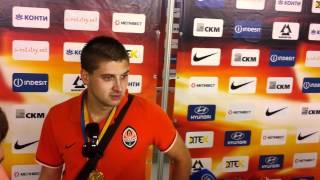 Ярослав Ракицкий благодарит болельщиков
