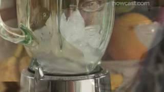 How to Make a Frozen Banana Daiquiri