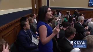 Auctioneer in Congress interrupts protester thumbnail