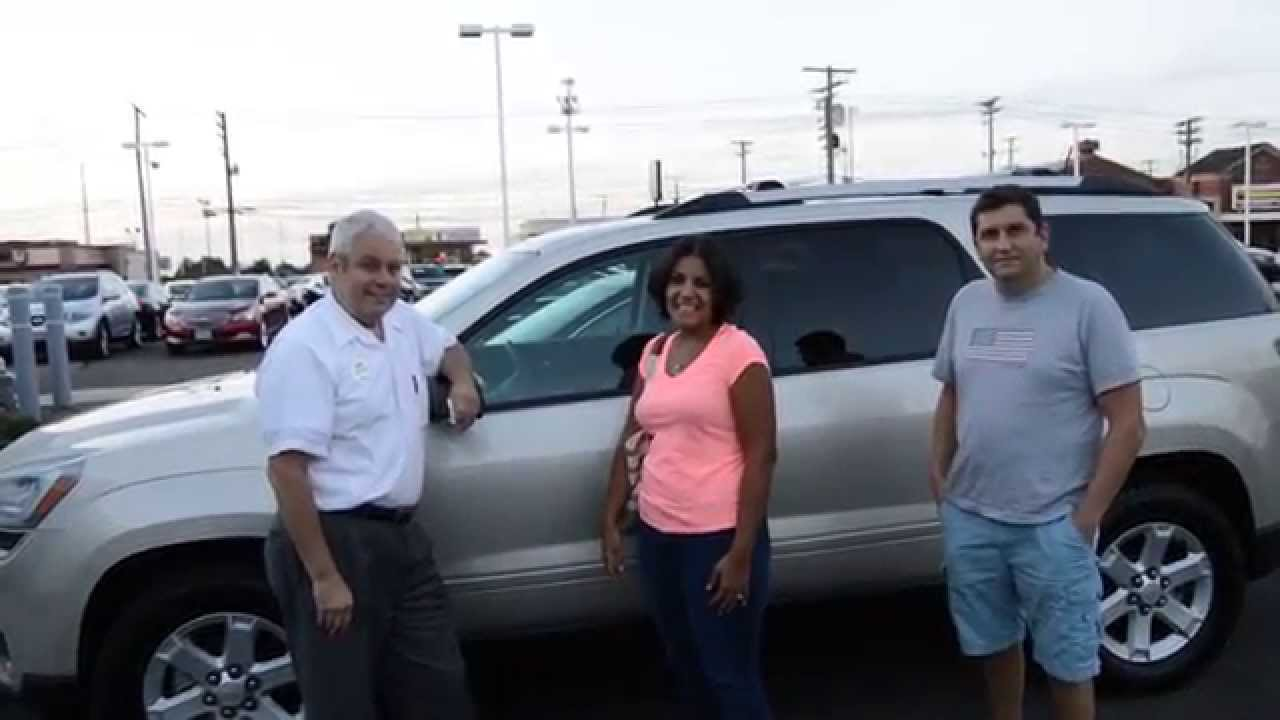 Maria Sanchez Talks About Buying Her GMC Acadia At Axelrod