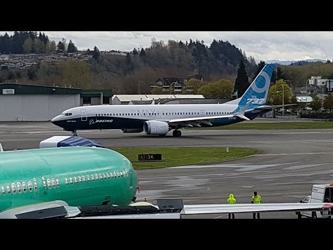 Boeing 737 MAX 9 Maiden Flight