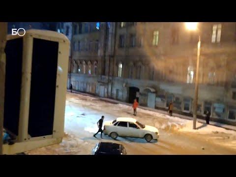 В Перми Lada Priora каталась по кругу без водителя и устроила ДТП