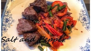 Говядина с овощами и кунжутом [ Salt and Pepper ](Великолепная сочная говядина прекрасно сочетается с овощами