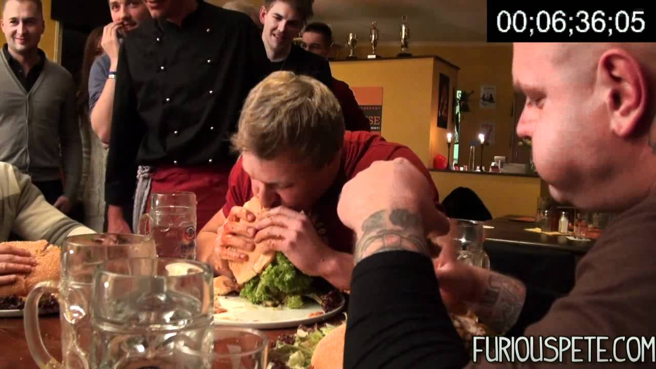 The Xxl Burger 8Lb 3 6Kg Burger Furious Pete