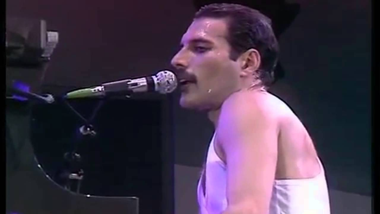 Queen - We Are the Champions (Live Aid,  Wembley Stadium, 1985) #1