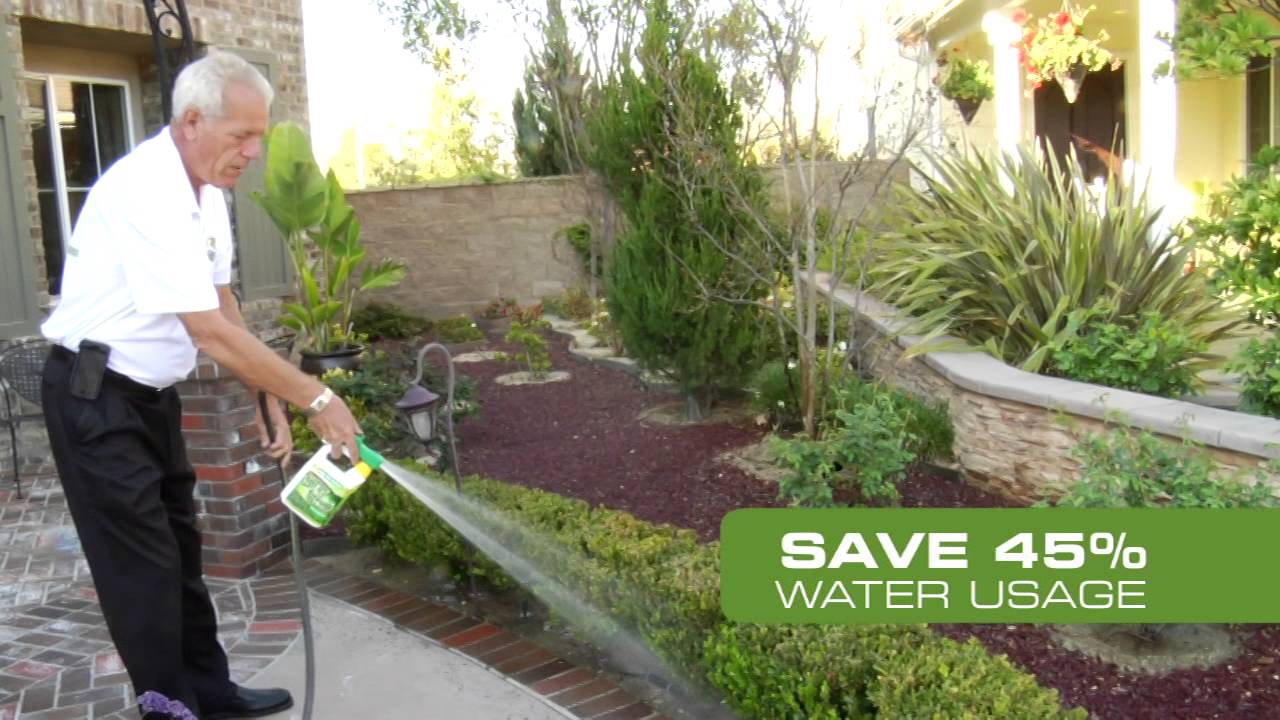 Spray And Green Liquid Lawn Fertilizer
