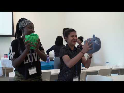 CampSpark welcomes refugee students to Rice for week of STEM activities