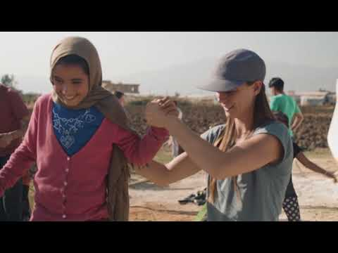 Bringing Slacklining to Refugee Youth - A Crossing Lines Project
