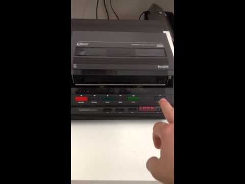 PHILIPS video 2000 model VR2324 video recorder of '80's VCC