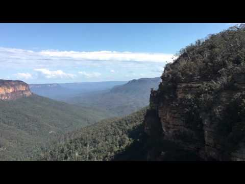 Blue Mountain - View from the an overcliff track view point - 4K iPhone 6s