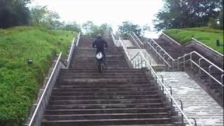 Serowで階段登り  オフロードバイク thumbnail